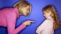 Uyumsuz Mükemmeliyetçiliği Teşvik Eden Otoriter Annelik Sebebiyle Yaşanması Muhtemel Alkol Problemleri